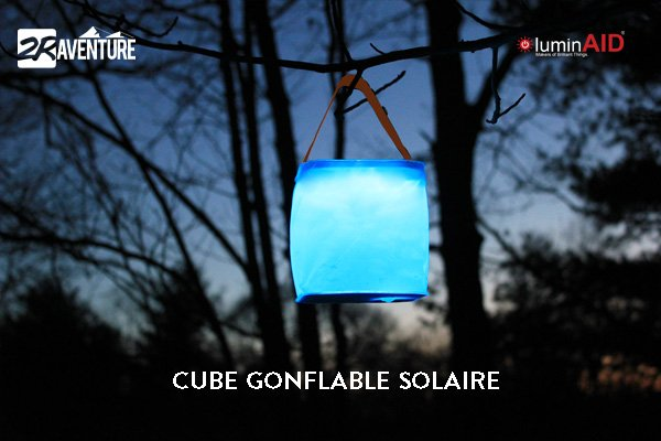 cube solaire  gonflable Luminaid