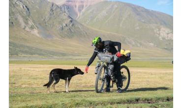 Une expédition à vélo, ça commence par vélo, boulot, dodo !