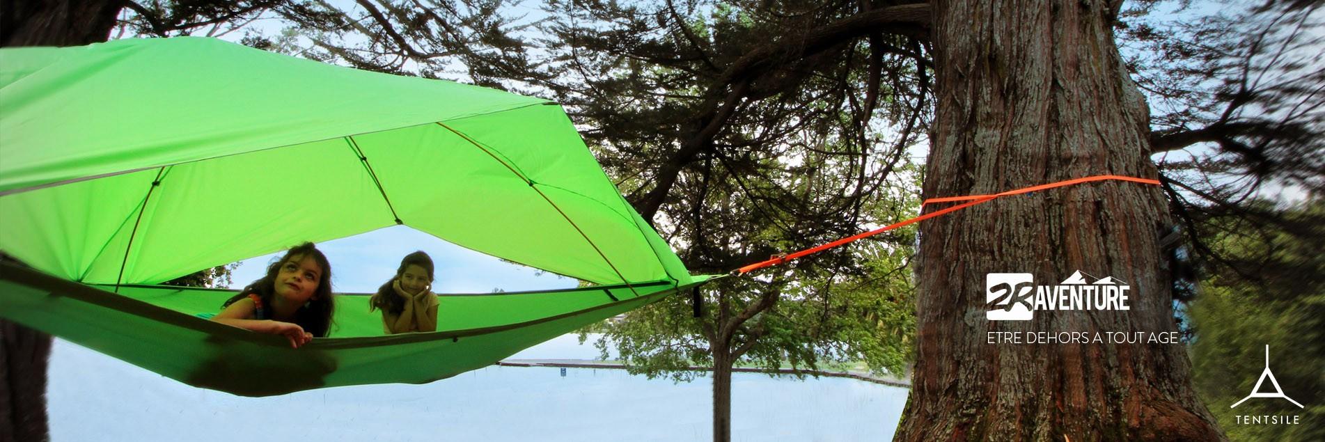 Tentes suspendues aux arbres Tentsile